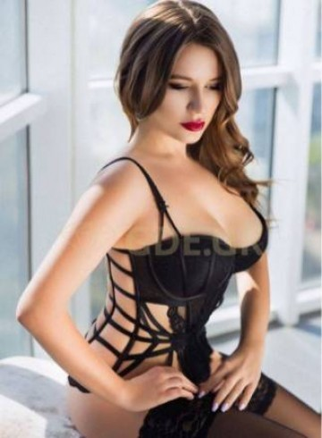 Athens Escort DARINA26  GDE Adult Entertainer in Greece, Female Adult Service Provider, Russian Escort and Companion.