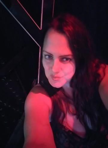 Houston Escort mistress  jennifer Adult Entertainer in United States, Female Adult Service Provider, Escort and Companion.