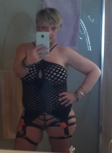 Tulsa Escort Fiona. Adult Entertainer in United States, Female Adult Service Provider, American Escort and Companion.