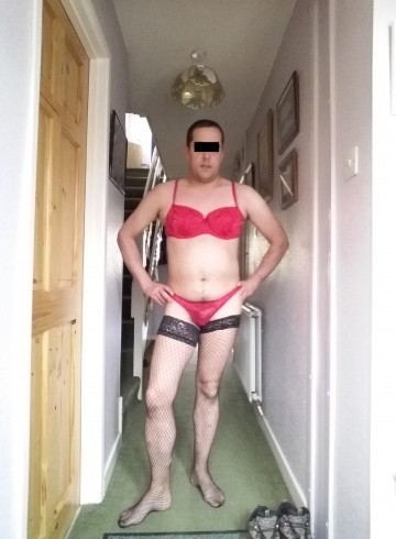 Basingstoke Escort Angel461 Adult Entertainer in United Kingdom, Male Adult Service Provider, British Escort and Companion.