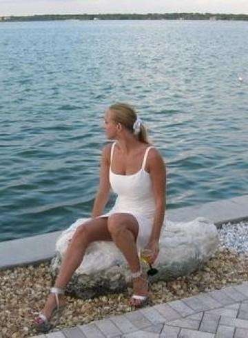 Tampa Escort ValerieGFE Adult Entertainer in United States, Female Adult Service Provider, American Escort and Companion.