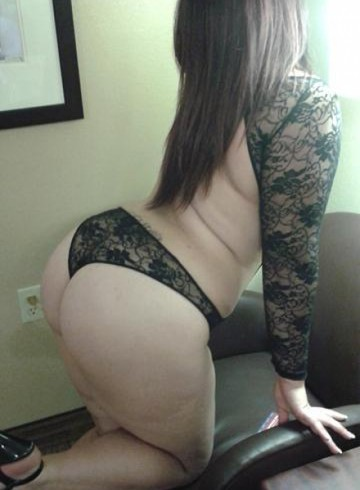 New York Escort WINTERVEGAS Adult Entertainer in United States, Female Adult Service Provider, Escort and Companion.